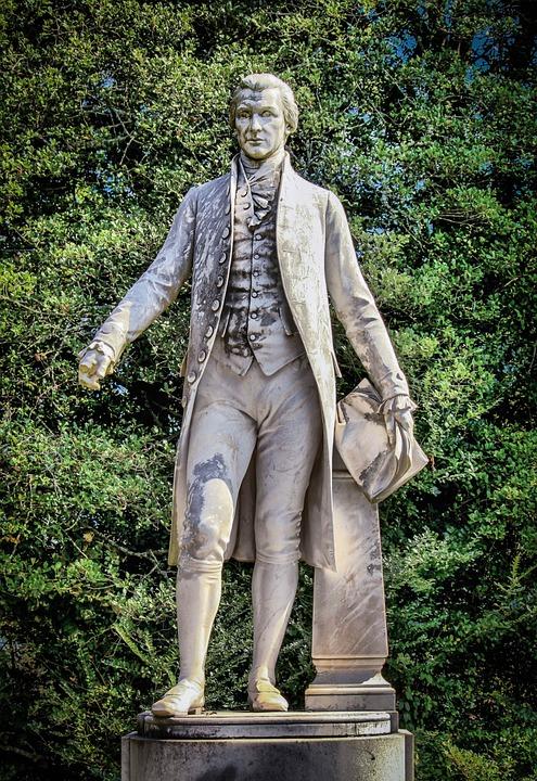 Standing statue of James Monroe