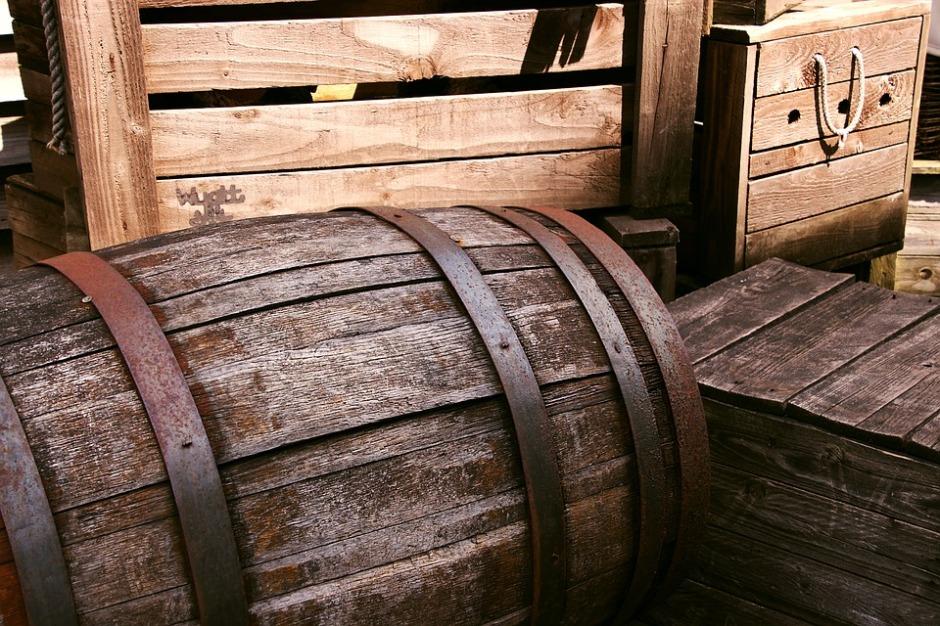 Wooden barrels and wooden crates